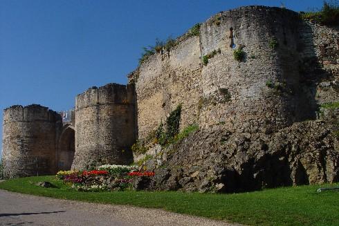 Falaise_chateau